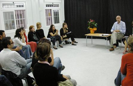 Les Converses al Fluvià, unes tertúlies entre totes les persones que se senten interessades en el fet educatiu vinculat a l'escola